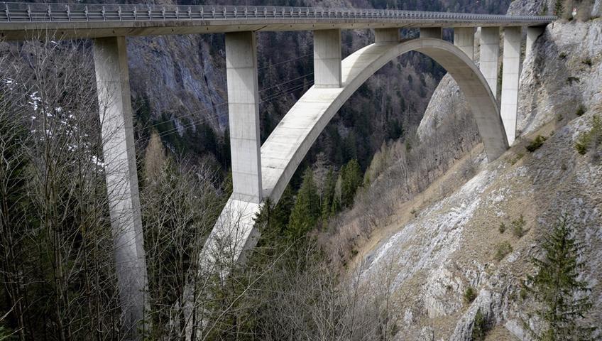 استفاده از بتن در ساخت پل